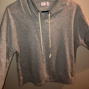 Grey pull over!!